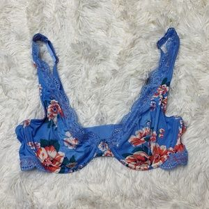 NWT Aerie Happy Unlined Plunge Bra